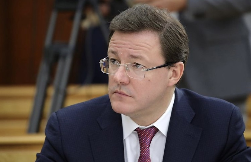 Дмитрий Азаров рассказал, какой вакциной привился от коронавируса